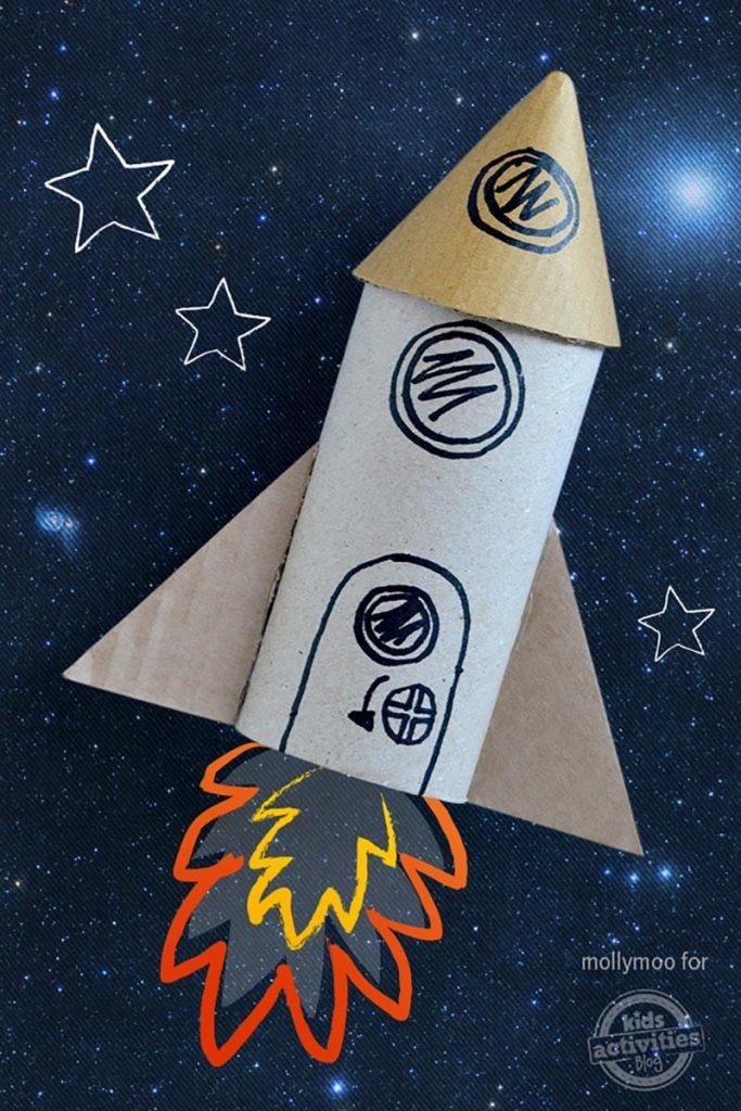 fusée en rouleau de papier toilette